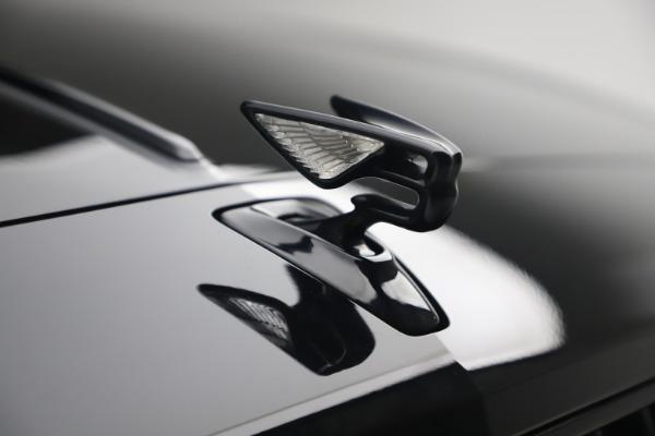 New 2020 Bentley Flying Spur W12 for sale $261,615 at Alfa Romeo of Westport in Westport CT 06880 14