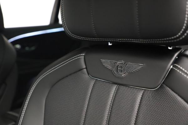 New 2020 Bentley Flying Spur W12 for sale $261,615 at Alfa Romeo of Westport in Westport CT 06880 21