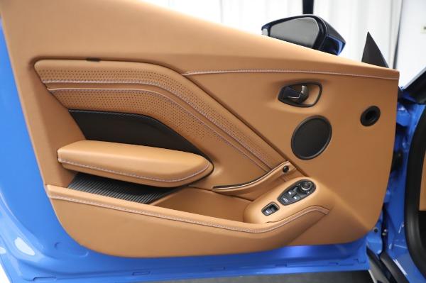 New 2021 Aston Martin Vantage Roadster for sale Call for price at Alfa Romeo of Westport in Westport CT 06880 16