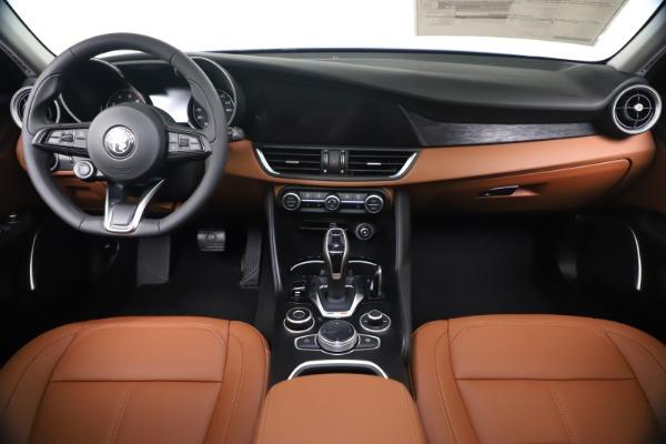 New 2020 Alfa Romeo Giulia Q4 for sale $45,445 at Alfa Romeo of Westport in Westport CT 06880 16