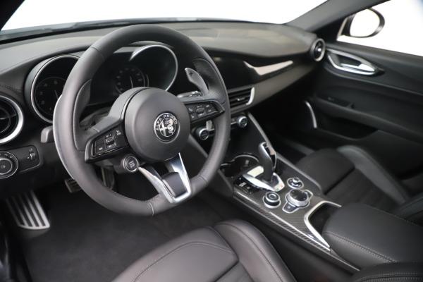 New 2020 Alfa Romeo Giulia Ti Sport Carbon Q4 for sale $51,640 at Alfa Romeo of Westport in Westport CT 06880 13
