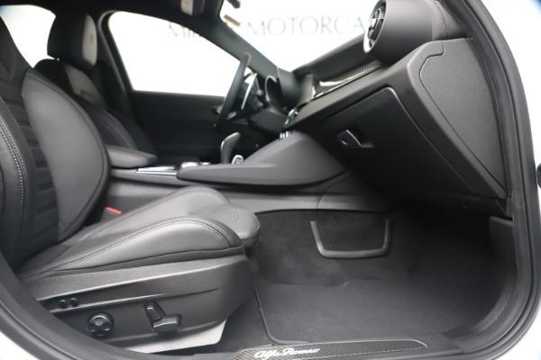 New 2020 Alfa Romeo Giulia Ti Sport Carbon Q4 for sale $51,640 at Alfa Romeo of Westport in Westport CT 06880 22