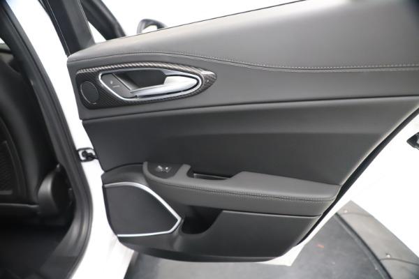 New 2020 Alfa Romeo Giulia Ti Sport Carbon Q4 for sale $51,640 at Alfa Romeo of Westport in Westport CT 06880 28