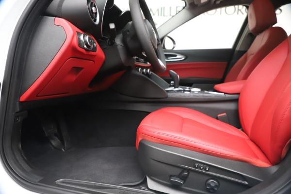 New 2020 Alfa Romeo Giulia Q4 for sale $44,845 at Alfa Romeo of Westport in Westport CT 06880 14