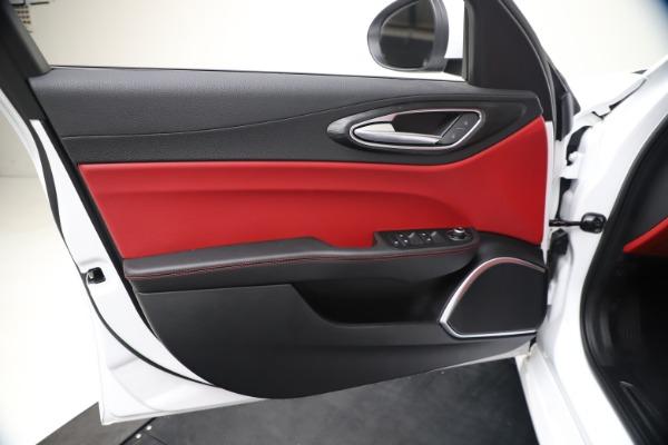 New 2020 Alfa Romeo Giulia Q4 for sale $44,845 at Alfa Romeo of Westport in Westport CT 06880 17