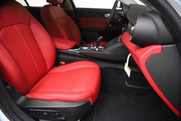 New 2020 Alfa Romeo Giulia Q4 for sale $44,845 at Alfa Romeo of Westport in Westport CT 06880 24