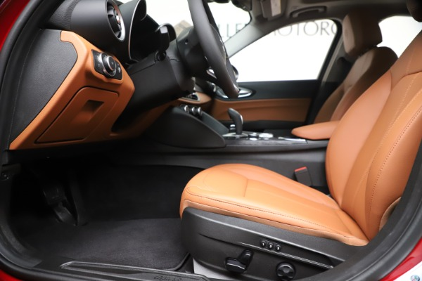 New 2020 Alfa Romeo Giulia Q4 for sale $40,466 at Alfa Romeo of Westport in Westport CT 06880 14