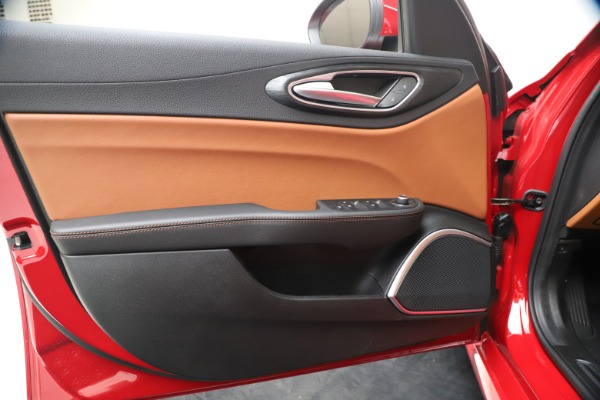 New 2020 Alfa Romeo Giulia Q4 for sale $40,466 at Alfa Romeo of Westport in Westport CT 06880 17