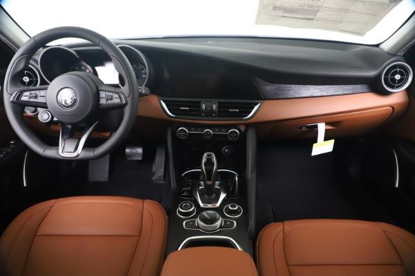 New 2020 Alfa Romeo Giulia Q4 for sale Sold at Alfa Romeo of Westport in Westport CT 06880 16