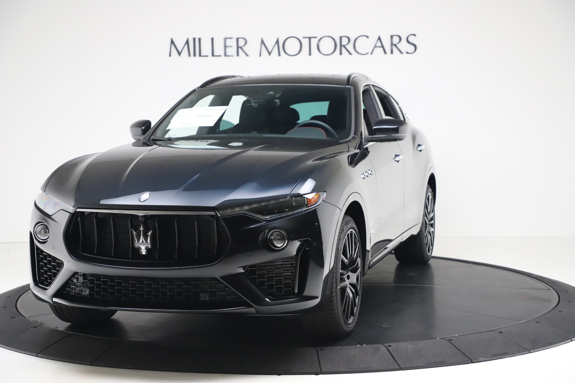 New 2020 Maserati Levante S Q4 GranSport for sale $102,985 at Alfa Romeo of Westport in Westport CT 06880 1