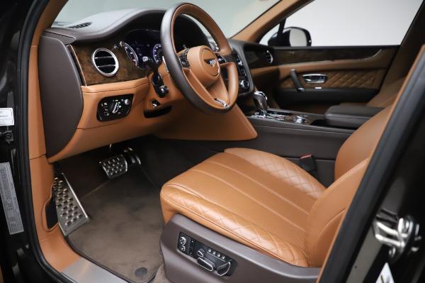Used 2017 Bentley Bentayga W12 for sale $138,900 at Alfa Romeo of Westport in Westport CT 06880 17