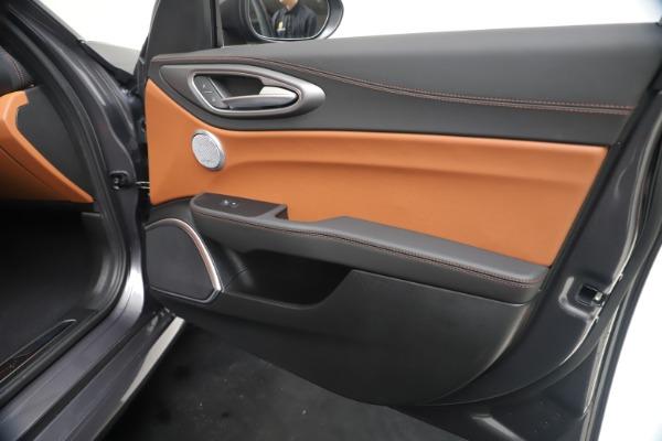 New 2020 Alfa Romeo Giulia Ti Sport Q4 for sale $55,695 at Alfa Romeo of Westport in Westport CT 06880 25