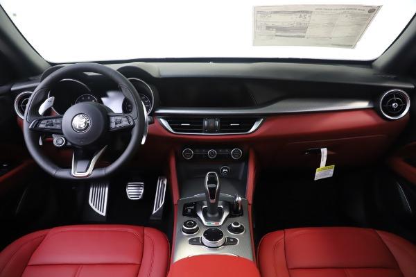 New 2020 Alfa Romeo Stelvio Sport Q4 for sale $50,945 at Alfa Romeo of Westport in Westport CT 06880 16