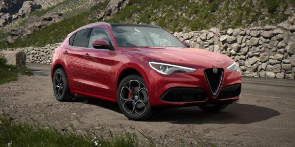 New 2020 Alfa Romeo Stelvio Ti Lusso Q4 for sale Sold at Alfa Romeo of Westport in Westport CT 06880 2