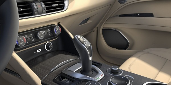 New 2020 Alfa Romeo Stelvio Ti Lusso Q4 for sale Sold at Alfa Romeo of Westport in Westport CT 06880 5