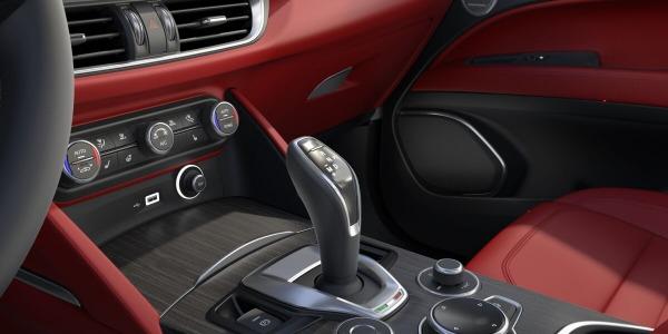 New 2020 Alfa Romeo Stelvio Ti Lusso Q4 for sale $54,145 at Alfa Romeo of Westport in Westport CT 06880 5