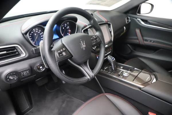 New 2020 Maserati Ghibli S Q4 for sale $87,285 at Alfa Romeo of Westport in Westport CT 06880 13