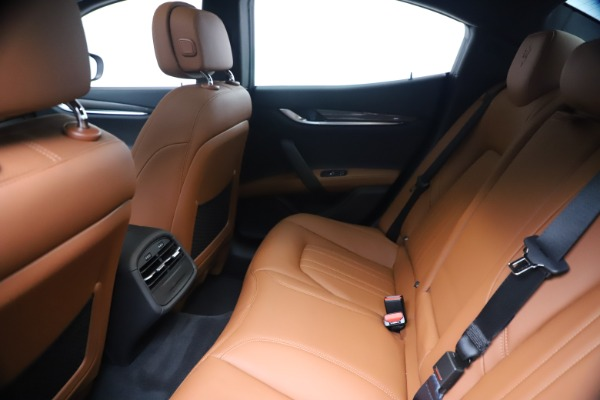 New 2020 Maserati Ghibli S Q4 for sale $87,285 at Alfa Romeo of Westport in Westport CT 06880 19