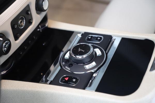 Used 2014 Rolls-Royce Wraith Base for sale $168,900 at Alfa Romeo of Westport in Westport CT 06880 22