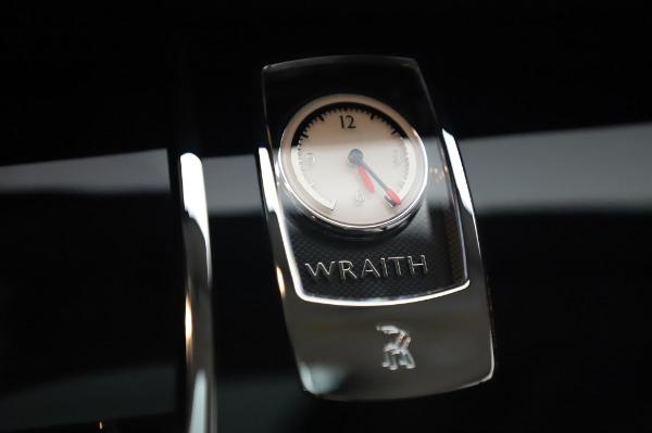 Used 2014 Rolls-Royce Wraith Base for sale $168,900 at Alfa Romeo of Westport in Westport CT 06880 25