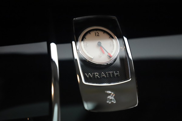 Used 2014 Rolls-Royce Wraith for sale $165,900 at Alfa Romeo of Westport in Westport CT 06880 25