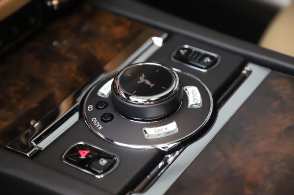 Used 2016 Rolls-Royce Ghost for sale $175,900 at Alfa Romeo of Westport in Westport CT 06880 19