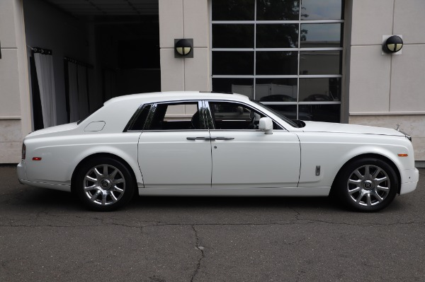 Used 2014 Rolls-Royce Phantom for sale $179,900 at Alfa Romeo of Westport in Westport CT 06880 6