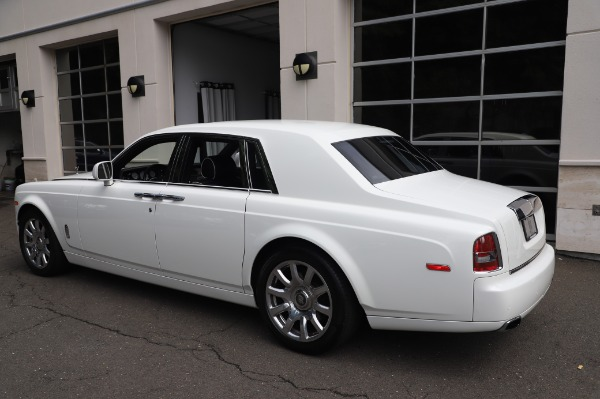 Used 2014 Rolls-Royce Phantom for sale $179,900 at Alfa Romeo of Westport in Westport CT 06880 7