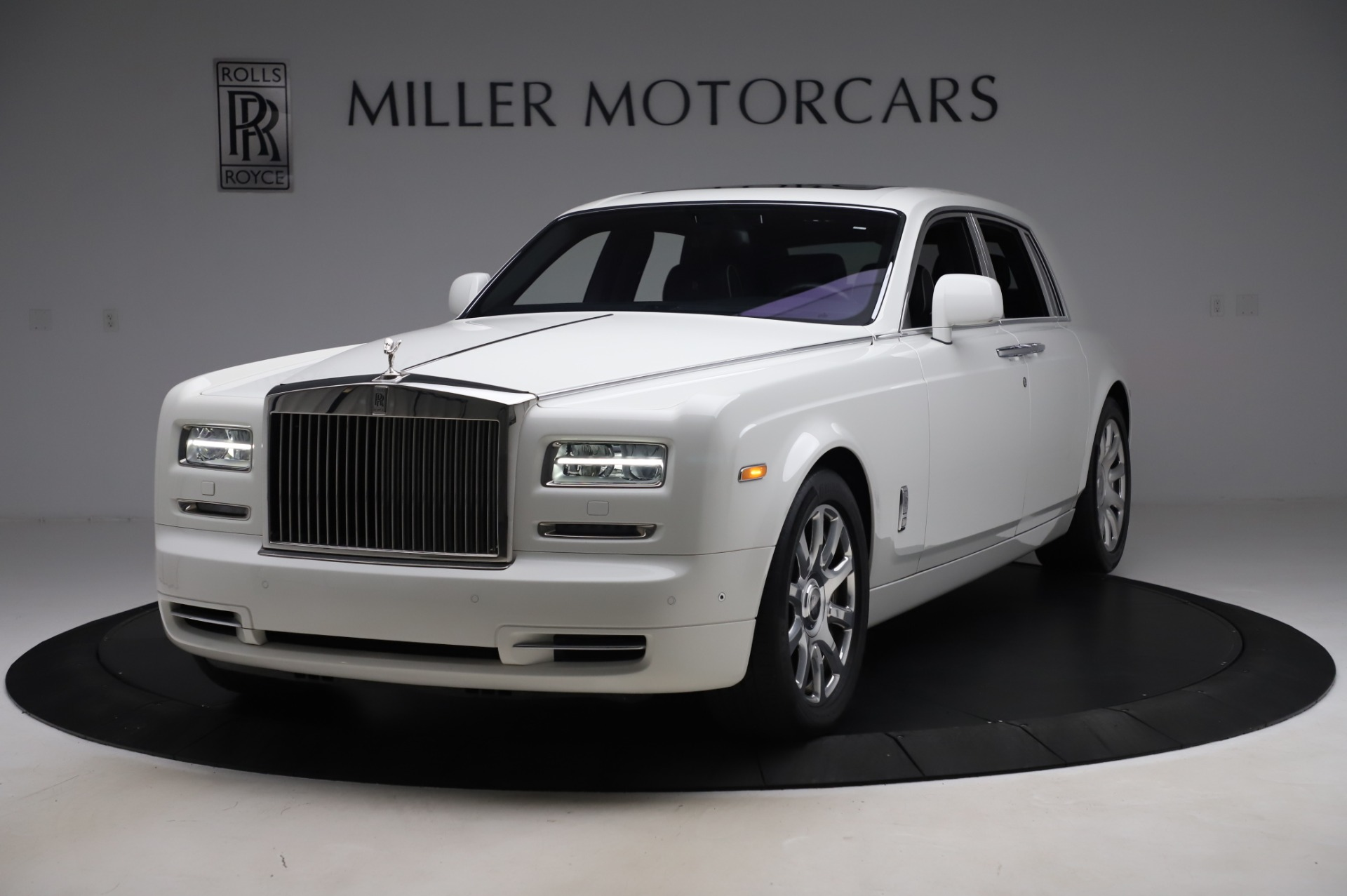 Used 2014 Rolls-Royce Phantom for sale $179,900 at Alfa Romeo of Westport in Westport CT 06880 1