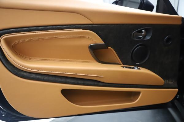 Used 2019 Aston Martin DB11 Volante Convertible for sale $198,900 at Alfa Romeo of Westport in Westport CT 06880 17