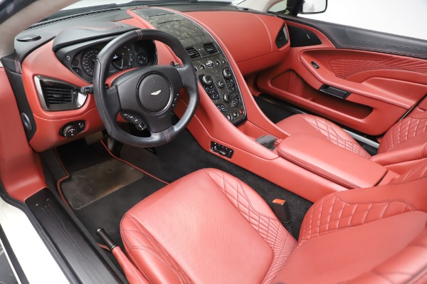 Used 2018 Aston Martin Vanquish S Volante for sale $183,900 at Alfa Romeo of Westport in Westport CT 06880 13