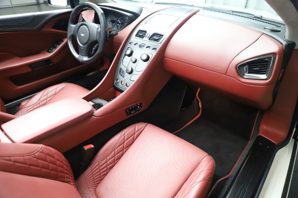 Used 2018 Aston Martin Vanquish S Volante for sale $183,900 at Alfa Romeo of Westport in Westport CT 06880 19