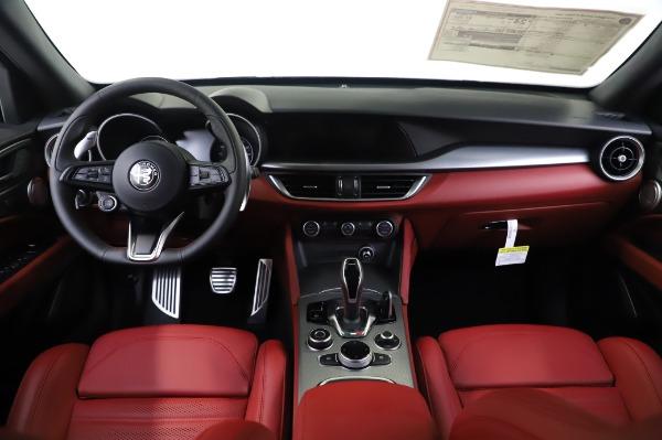 New 2020 Alfa Romeo Stelvio Ti Sport Q4 for sale $53,545 at Alfa Romeo of Westport in Westport CT 06880 16
