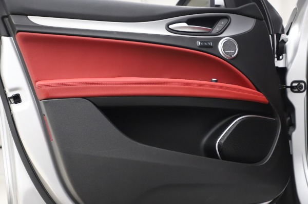 New 2020 Alfa Romeo Stelvio Ti Sport Q4 for sale $53,545 at Alfa Romeo of Westport in Westport CT 06880 17