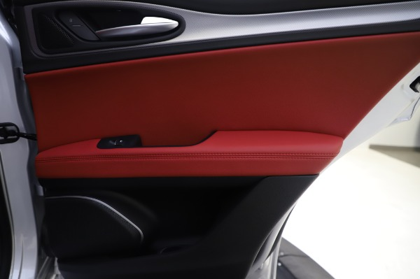 New 2020 Alfa Romeo Stelvio Ti Sport Q4 for sale $53,545 at Alfa Romeo of Westport in Westport CT 06880 27