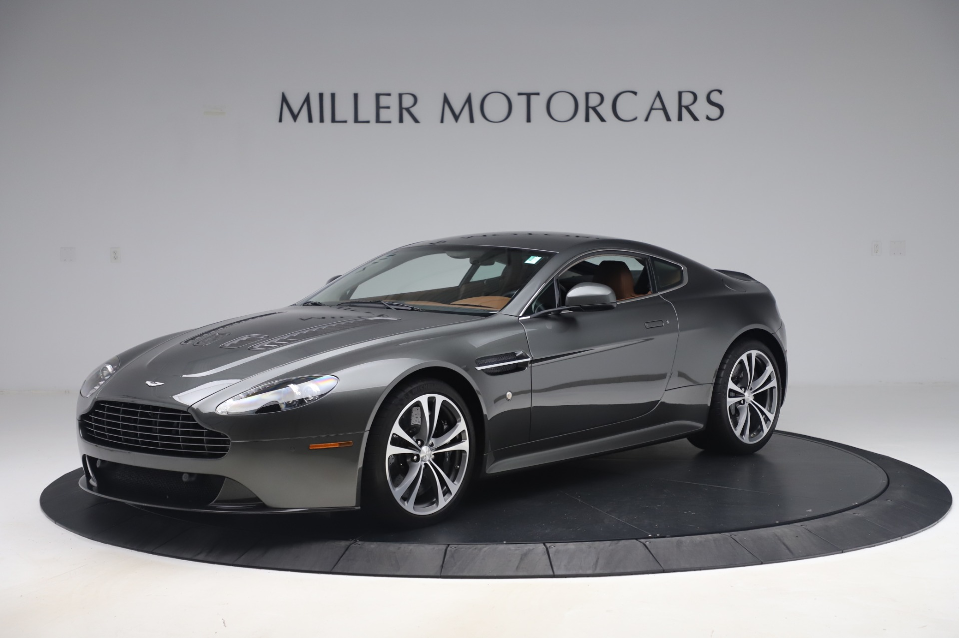 Used 2011 Aston Martin V12 Vantage Coupe for sale $108,990 at Alfa Romeo of Westport in Westport CT 06880 1