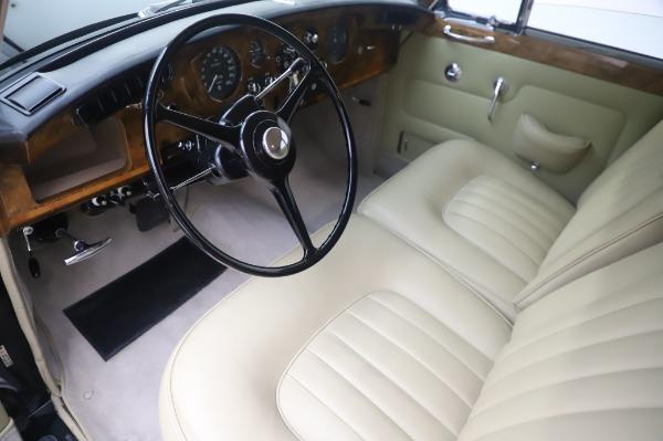 Used 1965 Rolls-Royce Silver Cloud III for sale Call for price at Alfa Romeo of Westport in Westport CT 06880 14