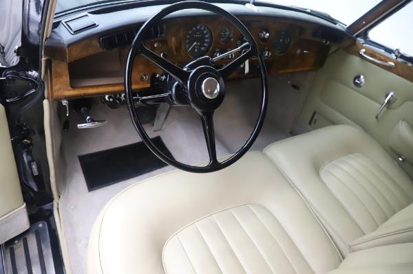 Used 1965 Rolls-Royce Silver Cloud III for sale Call for price at Alfa Romeo of Westport in Westport CT 06880 15