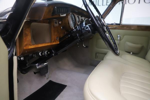 Used 1965 Rolls-Royce Silver Cloud III for sale Call for price at Alfa Romeo of Westport in Westport CT 06880 18