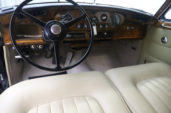 Used 1965 Rolls-Royce Silver Cloud III for sale Call for price at Alfa Romeo of Westport in Westport CT 06880 21