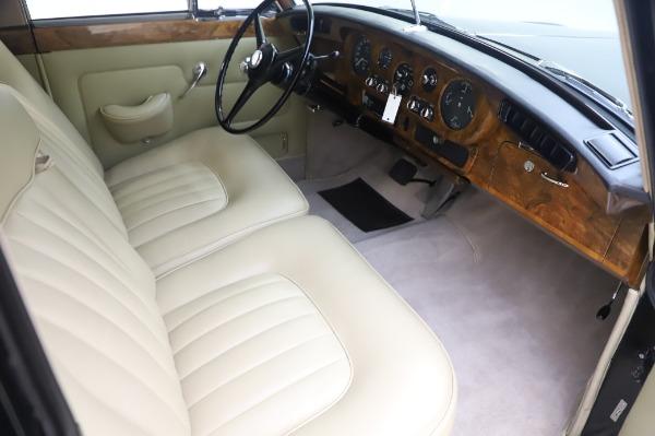 Used 1965 Rolls-Royce Silver Cloud III for sale Call for price at Alfa Romeo of Westport in Westport CT 06880 23