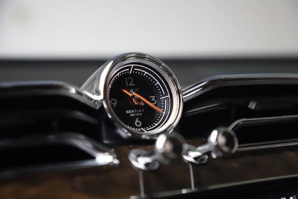 New 2021 Bentley Bentayga V8 First Edition for sale Sold at Alfa Romeo of Westport in Westport CT 06880 26