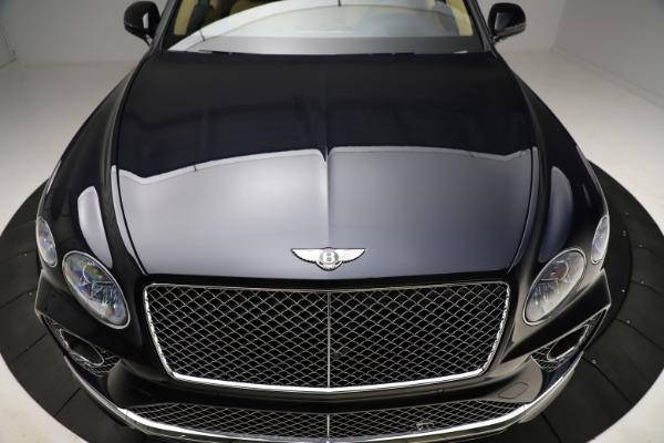 New 2021 Bentley Bentayga V8 for sale $209,755 at Alfa Romeo of Westport in Westport CT 06880 14