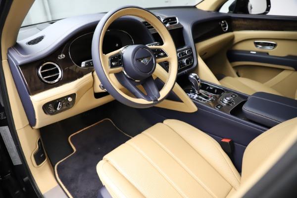 New 2021 Bentley Bentayga V8 for sale $209,755 at Alfa Romeo of Westport in Westport CT 06880 17