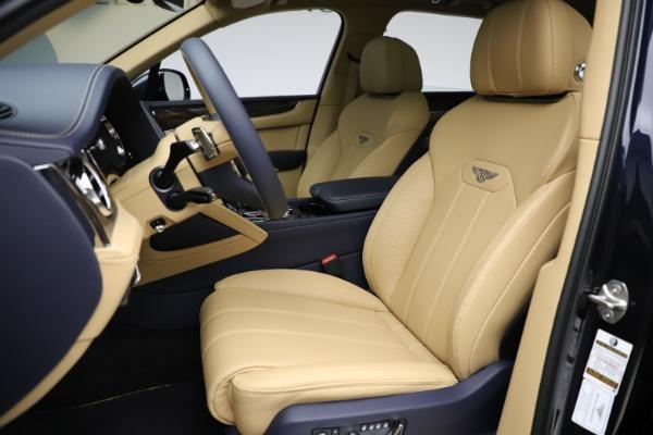 New 2021 Bentley Bentayga V8 for sale $209,755 at Alfa Romeo of Westport in Westport CT 06880 19