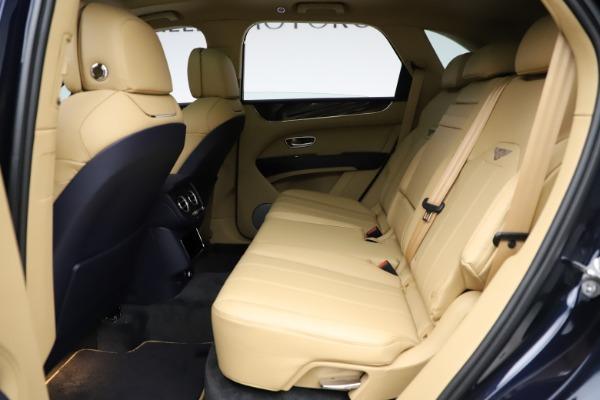 New 2021 Bentley Bentayga V8 for sale $209,755 at Alfa Romeo of Westport in Westport CT 06880 21