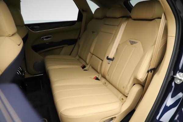 New 2021 Bentley Bentayga V8 for sale $209,755 at Alfa Romeo of Westport in Westport CT 06880 22