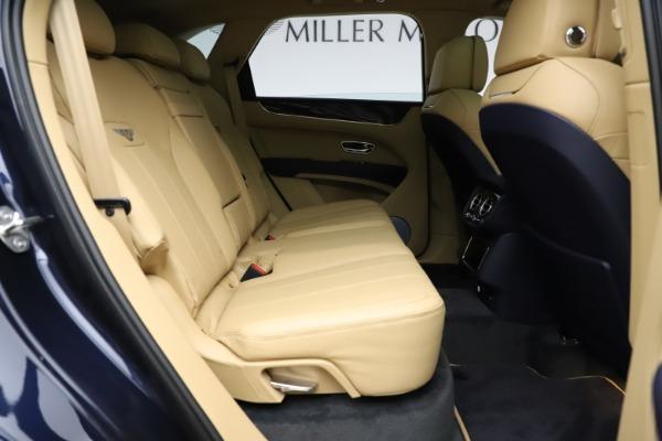 New 2021 Bentley Bentayga V8 for sale $209,755 at Alfa Romeo of Westport in Westport CT 06880 28