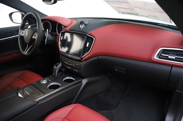 New 2020 Maserati Ghibli S Q4 GranSport for sale $93,285 at Alfa Romeo of Westport in Westport CT 06880 24
