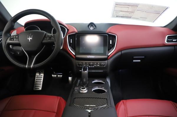 New 2020 Maserati Ghibli S Q4 GranSport for sale $93,285 at Alfa Romeo of Westport in Westport CT 06880 28